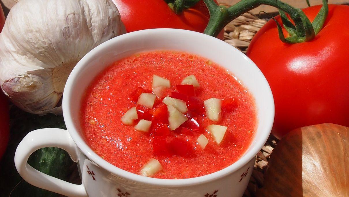 chłodnik pomidorowy