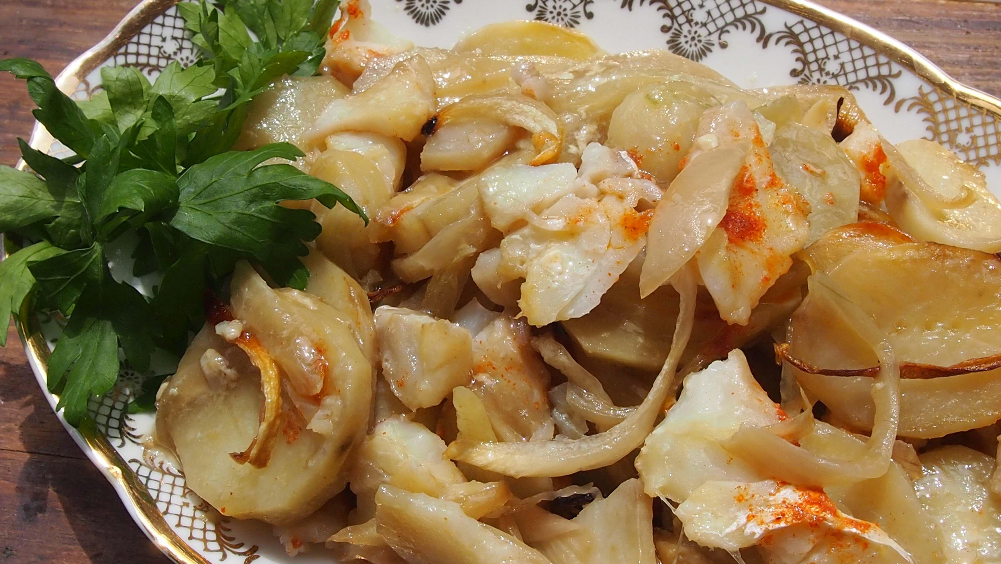 ryba zapiekana z ziemniakami