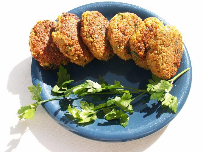 falafel czyli pyszne kotleciki z ciecierzycy