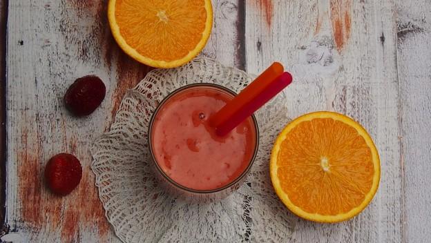 Koktajl lub smoothie czyli owoce w płynie