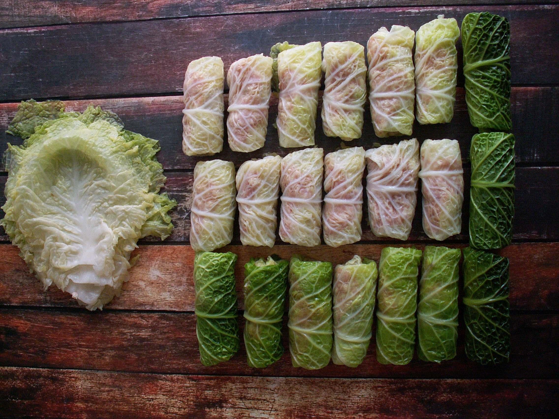 Gołąbki – foto instrukcja i sos kurkowy