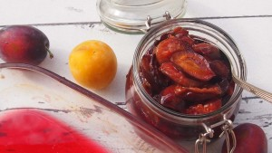Karmelizowane śliwki