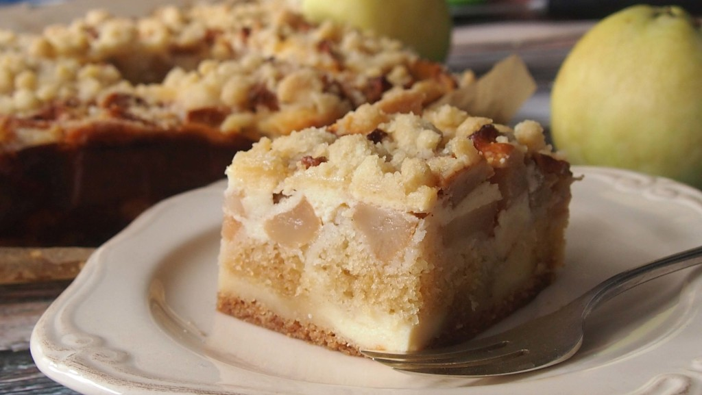ciasto z serem i jabłkami