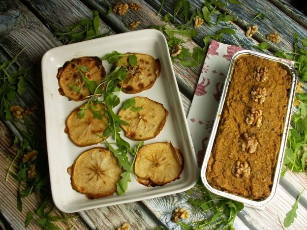 pasztet z soi i kaszy jaglanej z jabłkami