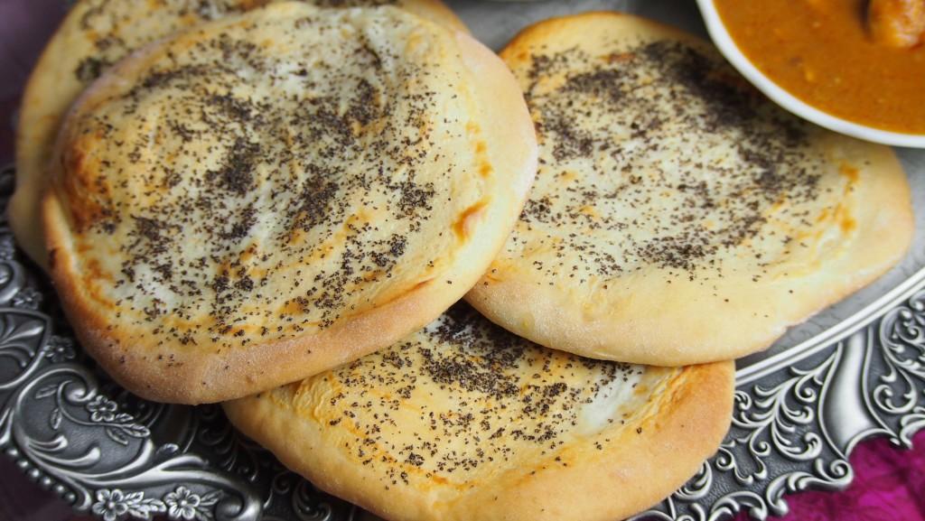 indyjskie chlebki punjabi