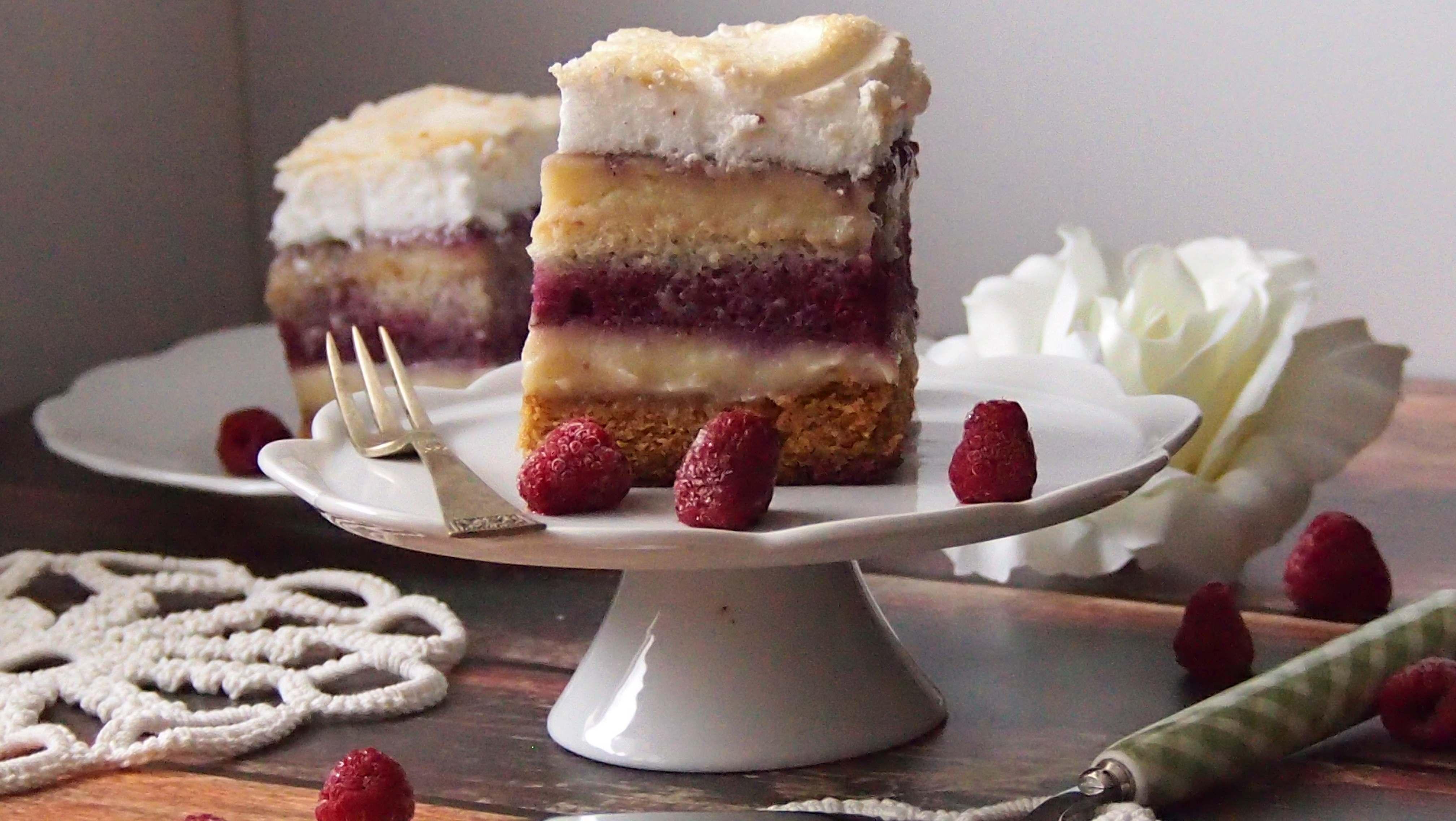 Pychotka czyli ciasto z malinami i masą waniliową