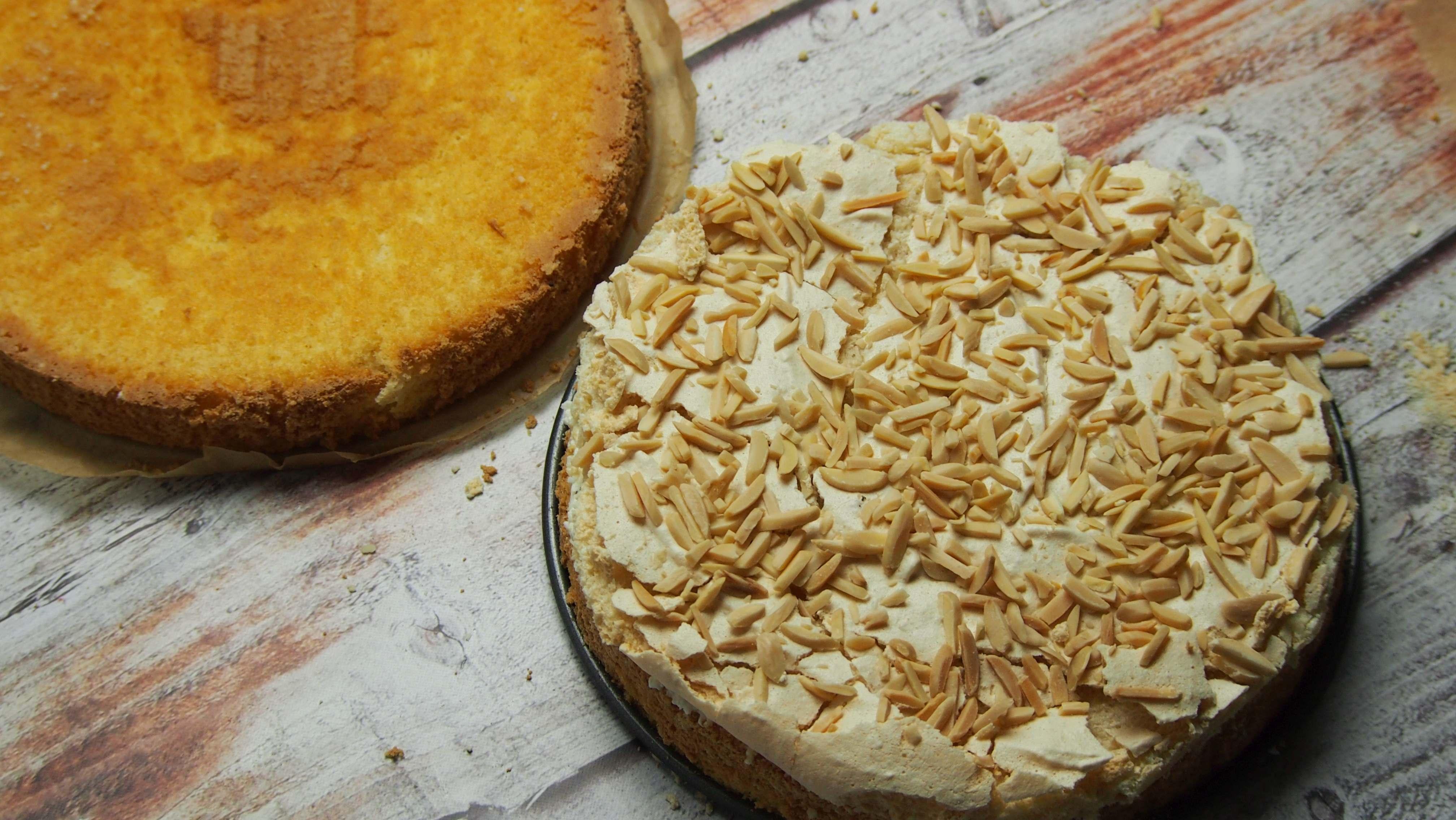 tort kokosowy z migdałami, rafaello