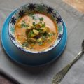 Kokosowa zupa curry z kurczakiem