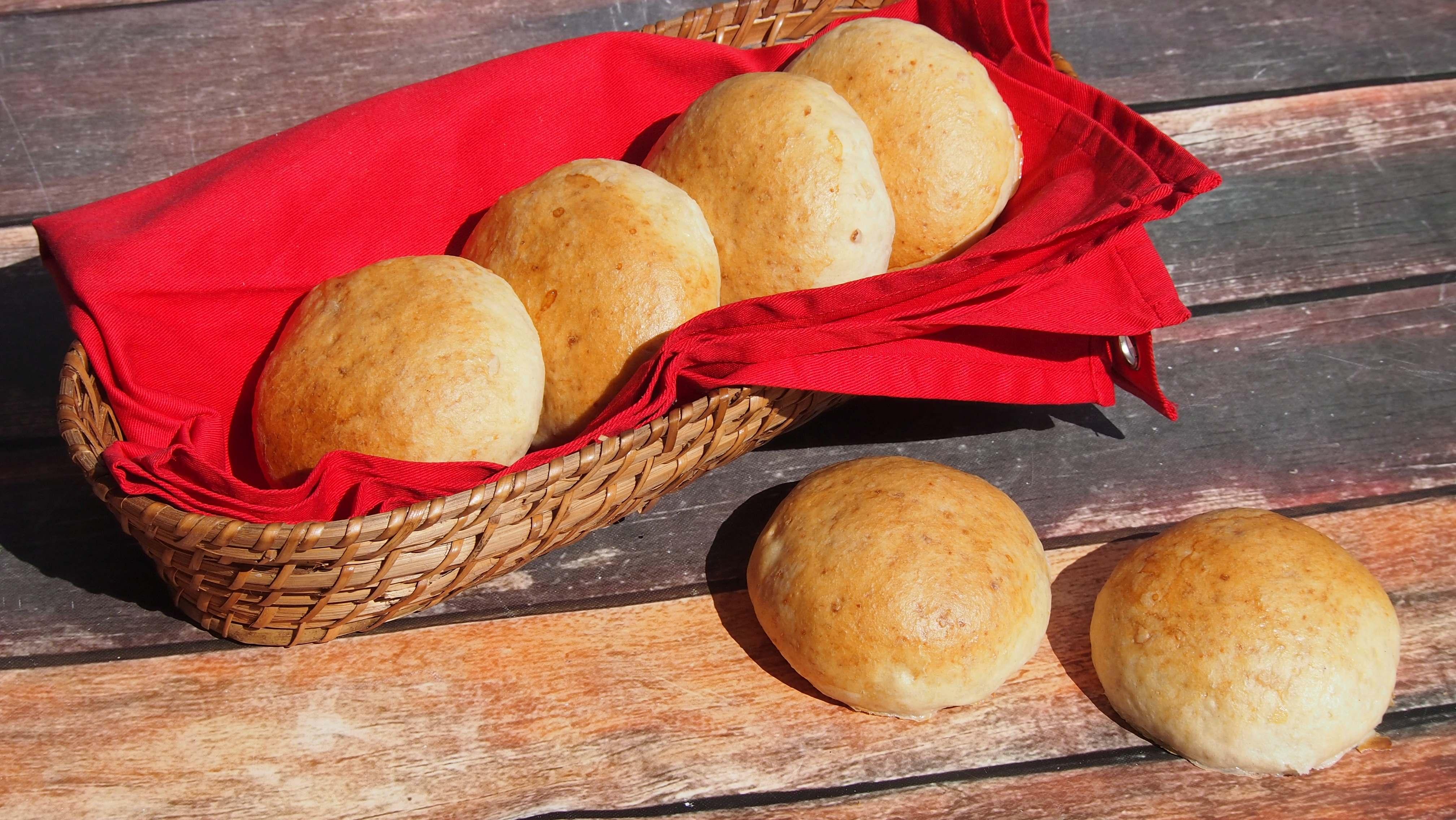 Puszyste bułeczki z ziemniakami czyli lipiec w Piekarni Amber
