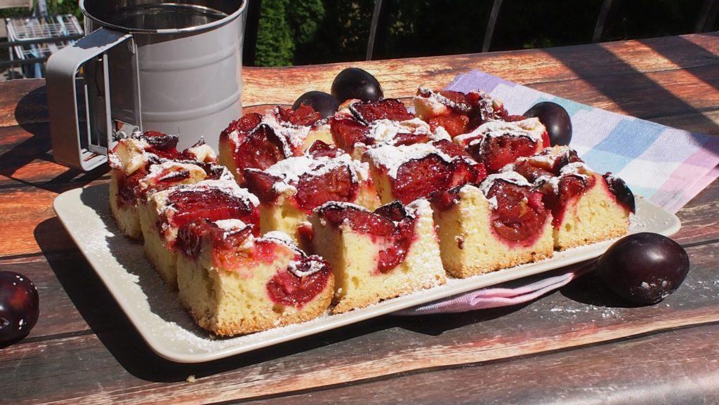 proste ciasto ze śliwkami